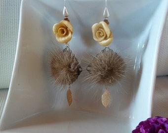 Beige, copper and Silver earrings