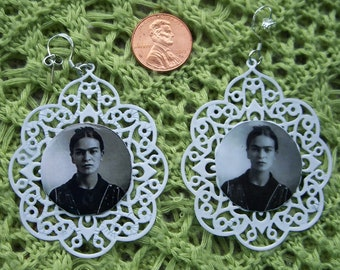 Frida Kahlo Vintage Metal Filagree Pierced Earrings Sterling .925 Hooks White Black image