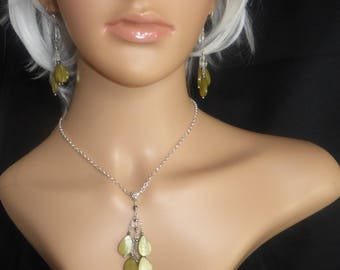 Green Mother of Pearl Pendant