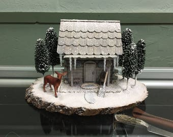 Winter cabin diorama medium