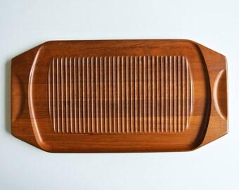 XL big vintage teak cutting board or tray. Danish modern. Mid century modern. 1960's
