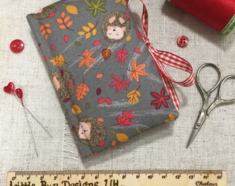 Needle Case / Handmade Needle Book / Hedgehog Gifts / Sewing Accessories / Needle Book / Needle Minder / Sewing Supplies / Sewing Gifts