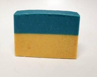 Northern Dreams, Bergamot, Mandarin, Sandalwood, Fading Frontier, Shipwreck Apiaries, Handmade Soap, Artisan Soap, Cold Process Soap