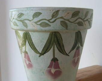 Hand Painted Terra Cotta Flower Pot ~~~ Calla Lilies and  Lily of the Valley
