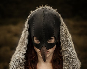 "mask ""Vulture"" // Dark fairytale handmade black vulture/ crow's mask"