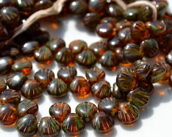 Reddish Brown Tip Drilled Shell Beads 25