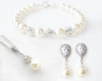 Pearl Bridal Jewelry Set, Pearl Wedding Jewelry set for Brides, Bridal Pearl Earrings and Bracelet, Pearl Bridal Necklace and Earring set