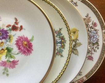 4 Mismatched Vintage China Dinner Plates Weddings, Bridal Shower, Tea parties D1012