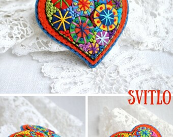 Valentines heart Gift for women Jewelry brooch Small gift for her Heart brooch felt jewelry Valentine gift ideas for coworker for girlfriend