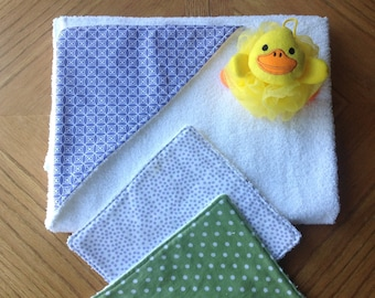 Baby Hooded Towel and Wash Cloth Set - Lavender Green White - Girl - Baby Shower Gift - Newborn Infant Bath Time
