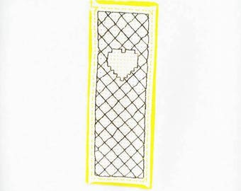 Bookmarks embroidered love heart