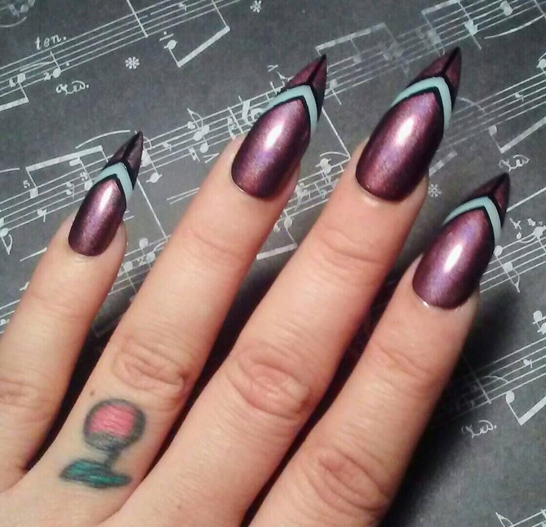 Stiletto Nails Long Holographic Purple/Black * Goth/Gothic * Acrylic ...
