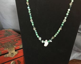 Jade and Quarzt necklace