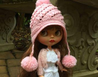 Blythe doll hat, pale pink pompom hat, crochet doll hat, winter doll hood, pompom doll hat, blythe brimmed hood, winter doll accessory