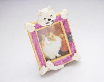 Vintage Cat Picture Frame Magnet Wallet Size Photo Cat Lover Feline Friend Mini Frame Collector Cat Gift White Kitten Pink Frame Kitty Frame