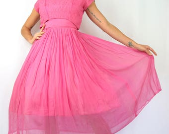 Vintage 50s 60s Pink Chiffon New Look Party Dress (size small)