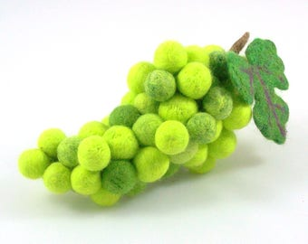 Needle Felted Bunch of Grapes - Green Grapes - Life size - Felted Fruit - Soft Sculpture - Home Decor - Felt Fruit - Wool Felt Grapes