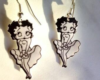 Betty Boop Earrings in shrink plastic, pin up jewelry, gift for her, polyshrink earrings, handmade, plastic jewelry