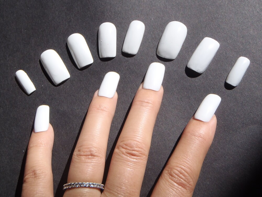 Amazing White Artificial Nails Inspiration - Nail Art Ideas ...