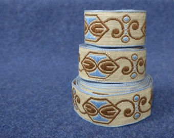 """Art deco fabric trim, machine embroidered, probably 1930s, sky blue, chestnut brown, beige, vintage haberdashery, approx 1"""" wide"""