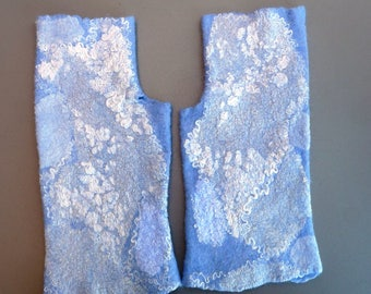 Blue fingerless gloves  - autumn fall fashion - blue gloves - wrist warmers