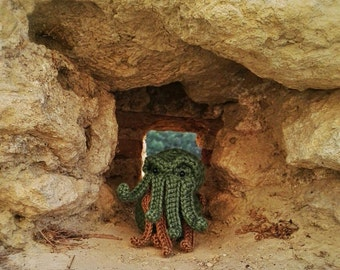 Cthulhu - Cthulu - Lovecraft - Cthulhu toy - cthulhu decor - creppy cute plush - cthulhu fhtagn - cthulhu art - creppy decor - tentacles