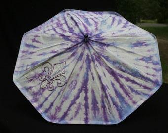Parasol hand sewn, hand tie-dyed HEMP/silk fabric Fleur de Lis
