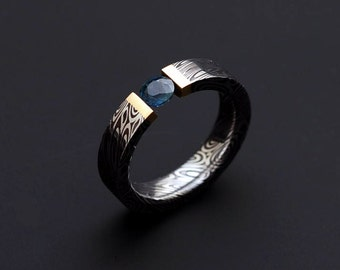 Genuine Stainless Damascus Steel with 18K Yellow Gold and Sapphire Ring PD52