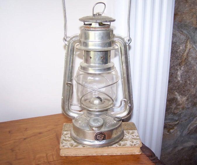 Feuer Hand 275 Baby Lantern Oil Lamp Kerosene Lantern Jena