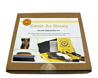 Wool Applique Kit, Wool Felt Applique, Penny Rug Kit, Embroidery Kit, Embroidery Pattern, Wool Applique, Felt Craft Kit, Sweet As Honey