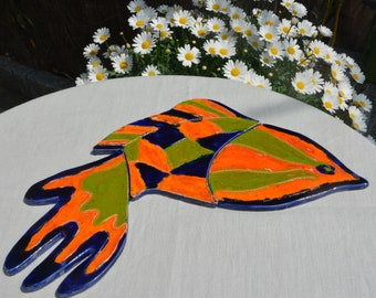 """Below flat fish puzzle """"Fighter"""" blue faience royal, orange and green"""