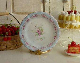 Amy Pale Blue Shabby Plate for Dollhouse