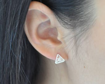 100% Sterling Silver Wire Wrapped Triangle Silver Earrings, Sterling Silver Earrings, Cute Earrings, Geometric Jewelry, 925 Silver Jewelry