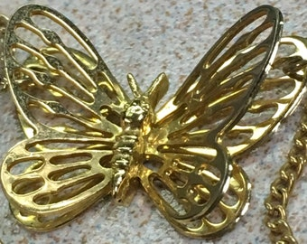 3d Gold Tone Butterfly Necklace