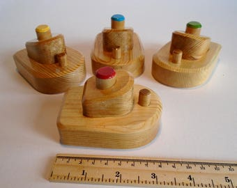 Wooden Small Boat Set of 4, Bathtub Simple Wood Boat Toy, Handmade Waldorf Toddler Toy, Kids Birthday gift, Jacobs Wooden Toys