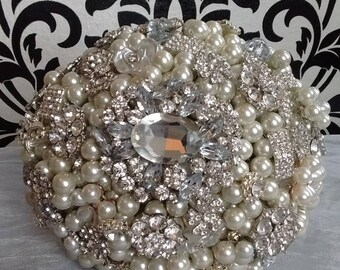 Pearl and Brooch Bridal Bouquet