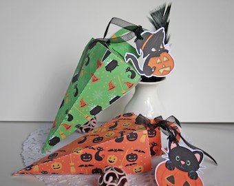 2 boxes halloween for kids made of cardstock and label