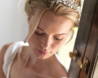 Swarovski Crystal Wedding Tiara, Swarovski Bridal Crown, Floral Wedding Crown, Flower Bridal Tiara, Bridal Hair Accessories, Bride - 7003