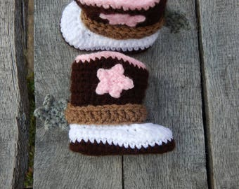 0-3 Months Cowgirl Boots; Western Baby Booties; Crocheted Cowboy Boots; Baby Shoes with Spurs; Handmade by Anna