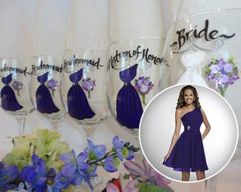 EXACT DRESS REPLICA, Bridesmaid Wine Glasses, Bridal Party Glassware, Bridal Party Wine Glasses, Purple Dresses, Personalized Wine Glasses