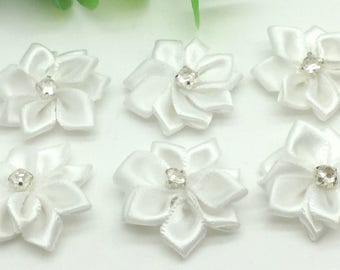 4 appliques to sew or stick form white flower and rhinestone