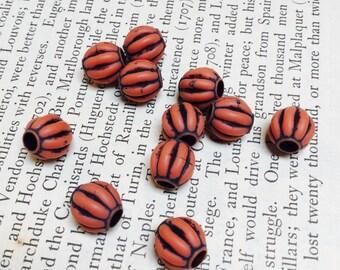 Corrugated Acrylic Rounds in Orange (large hole) - 40 Pieces - #709
