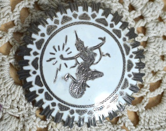 Siam White Nielloware Sterling Silver Brooch - Traditional Thai Goddess- Circular Disc Shape - 1930s 1940s - Gift Boxed