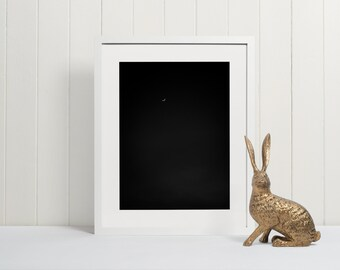 Crescent Moon Print | PRINTABLE Moon Phase Wall Decor | Bedroom Decor | Black and White Art Affiche Scandinave Night Sky Mexico Photography