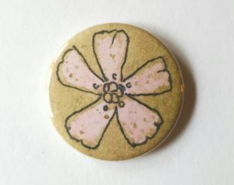 Flower pin badge