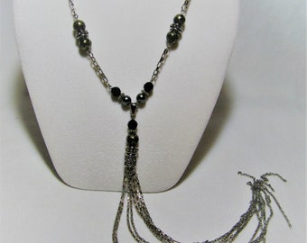 Iliana necklace - Love for his charm and his insurance.