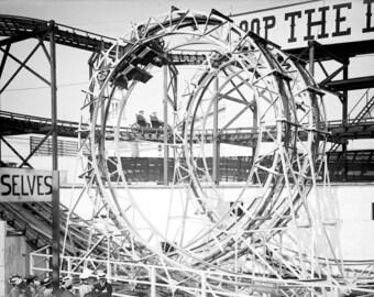 """1903 Loop the Loop Vintage Photograph 8.5"""" x 11"""""""
