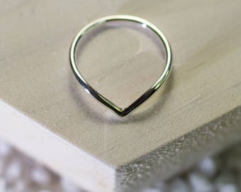 V ring, sterling silver chevron ring, Bridesmaid Gift , Minimalist Jewelry, Stacking Ring, wedding gift, Wishbone