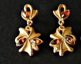 Rhinestone Earrings Brown Topaz Matte Gold Tone for Pierced Ears