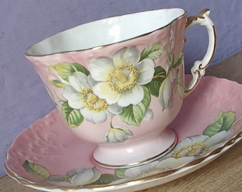 Antique 1930's Bone China Tea cup, Aynsley dogwood blossoms tea cup and saucer, pink tea cup, English tea cup, antique tea cup, pink china
